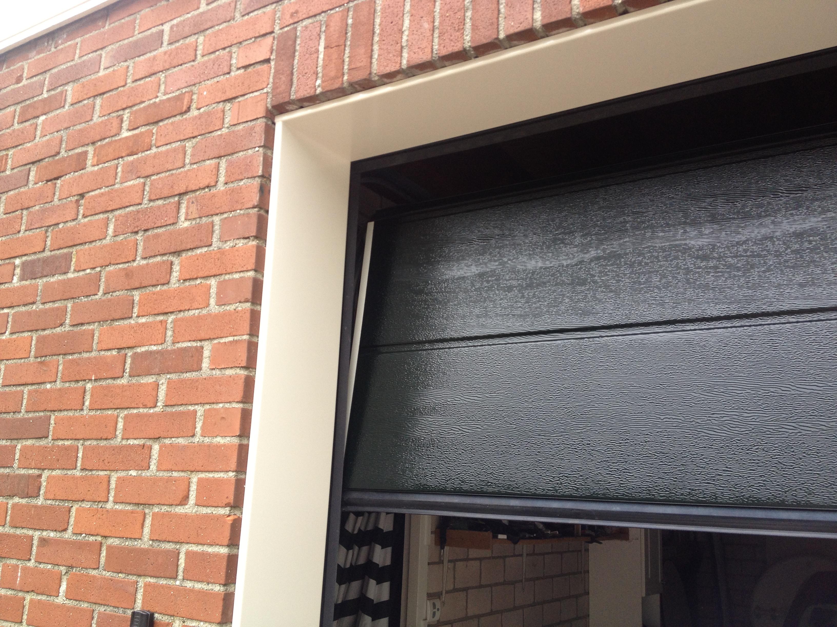 garagedeur vervangen isolatie